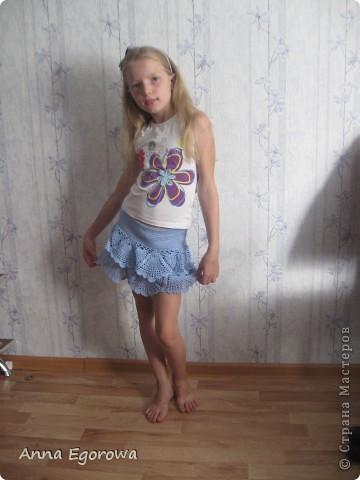 Здравствуйте, дорогие мастерицы! Долго наблюдала из-за угла за всероссийским вязанием юбочек и решила к поездке на море тоже связать дочке юбочку. Вот что у меня получилось. фото 8