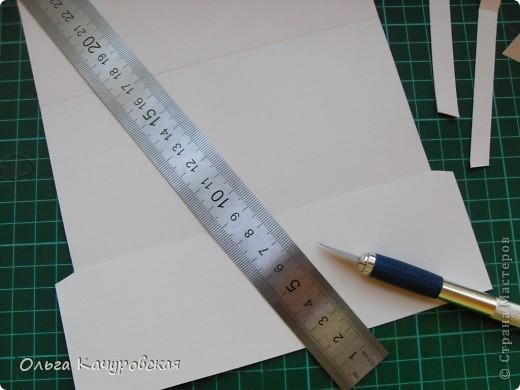 """Доброго всем дня!!! Здравствуйте!!!! А я сегодня к вам с кучкой конвертов :-)))) Раньше делала конверты для """"денежного подарка"""" с использованием шаблонов. Но человек я ленивый....и попробовала немного """"оптимизировать"""" этот процесс... Теперь не приходится печатать, обводить шаблон. А если ещё и разложить всё по этапам - сначала вырезать основы на несколько конвертов, потом отрезать лишнее (опять у нескольких заготовок), потом - биговать и т.д.... получается совсем быстро. У меня и сейчас в запасе ещё штук 20 заготовок для конвертов :-))) фото 57"""
