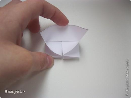 Здравствуйте! Я хочу показать как я делаю кусудамы. Хочу сказать что я не ленивая, но люблю когда модуль не сложный и быстро складывается. Вот кусудамы которые я упростила, это - глобик Томоко Фусе, Fujiyama module, арабеска и Infiny 2. фото 31