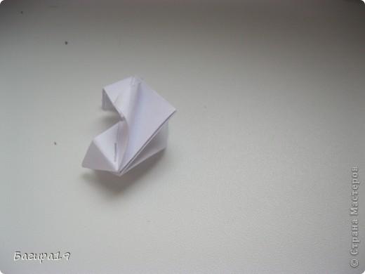 Здравствуйте! Я хочу показать как я делаю кусудамы. Хочу сказать что я не ленивая, но люблю когда модуль не сложный и быстро складывается. Вот кусудамы которые я упростила, это - глобик Томоко Фусе, Fujiyama module, арабеска и Infiny 2. фото 45