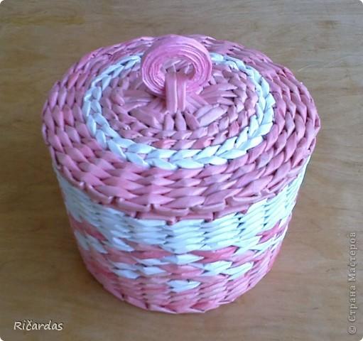 Привет всем!!! Вот такую шкатулку сделал маме на день рождения... Размер шкатулки: длина-34 см, ширина-23 см, высота 12,5 см фото 11
