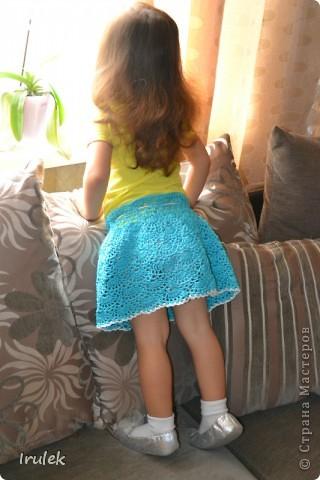 У меня все-таки получилось!!! Юбку вязала впервые, результатом довольна. Благодаря Ирине Голубке в гардеробе любимой внучки появилась летняя юбочка. Кристюше в августе будет 2 годика. А юбочка получилась 24см. А может быть эту фотку на конкурс?.... фото 1