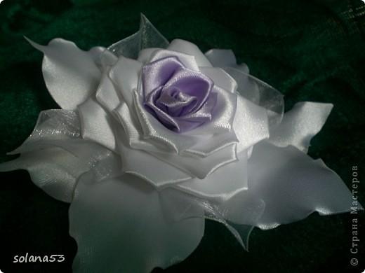 Цветочек делала к первому сентябру,так как у меня мальчик подарю крестнице,пусть будет самой нарядной)))) фото 1