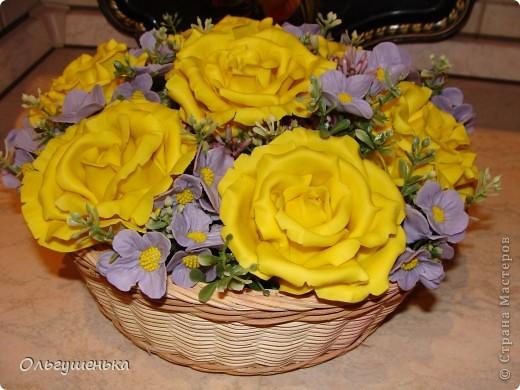 Композиция с желтыми розами фото 4