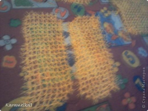 Перед вами готовый жилет :) Для жилета нам понадобится: 1.)Шерстяные нитки (цвет,плотность... на ваше усмотрение) 2.)Катушечные нитки под цвет шерстяным 3.)7 пуговиц 4.)Ленточка (Я купила 15м и почти угадала) фото 2