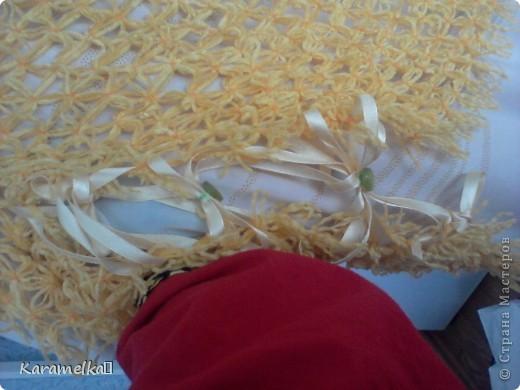 Перед вами готовый жилет :) Для жилета нам понадобится: 1.)Шерстяные нитки (цвет,плотность... на ваше усмотрение) 2.)Катушечные нитки под цвет шерстяным 3.)7 пуговиц 4.)Ленточка (Я купила 15м и почти угадала) фото 11