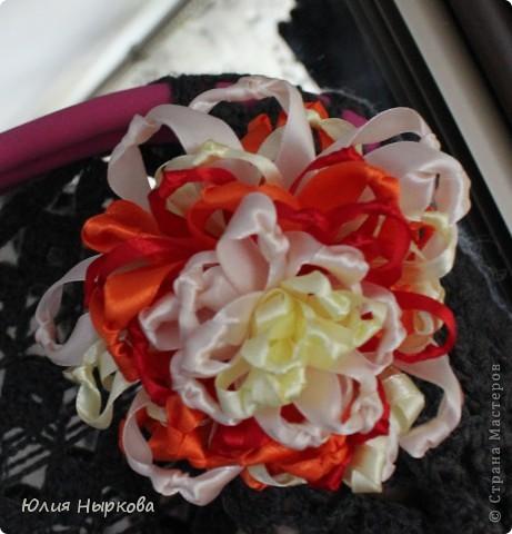 Цветок из ленты(брошка) фото 5