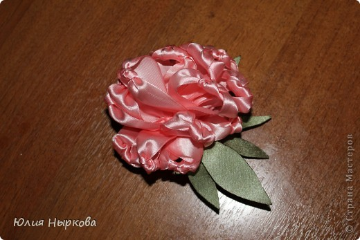 Цветок из ленты(брошка) фото 4