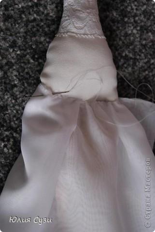 Вот такую невесту я сшила на свадьбу подруге) (жених в процессе) Хочу поделиться своим способом изготовления подобных кукол. Это мой первый мастер-класс поэтому не судите строго) фото 31
