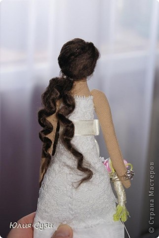 Вот такую невесту я сшила на свадьбу подруге) (жених в процессе) Хочу поделиться своим способом изготовления подобных кукол. Это мой первый мастер-класс поэтому не судите строго) фото 68