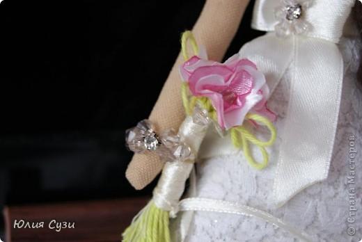 Вот такую невесту я сшила на свадьбу подруге) (жених в процессе) Хочу поделиться своим способом изготовления подобных кукол. Это мой первый мастер-класс поэтому не судите строго) фото 51