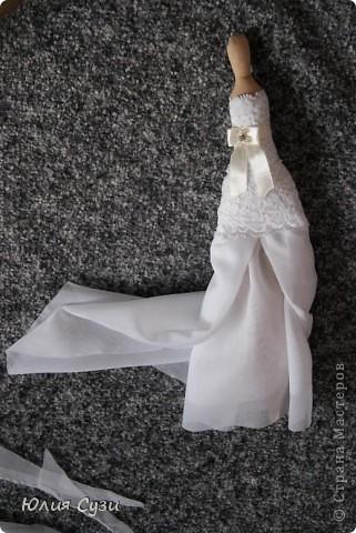 Вот такую невесту я сшила на свадьбу подруге) (жених в процессе) Хочу поделиться своим способом изготовления подобных кукол. Это мой первый мастер-класс поэтому не судите строго) фото 37