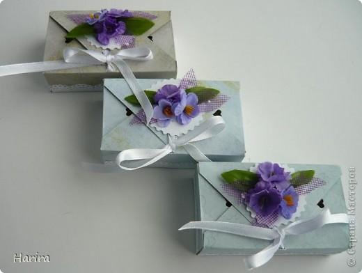 Добрый вечер! Сегодня я хочу поделиться идеей изготовления  «ленивых»  коробочек с теми, кто не любит чертить. Это коробочка для денежного подарка: так она выглядит снаружи.  фото 5