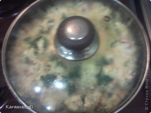 Вот такой сочный и питательный ужин приготовила я Для этого мне понадобилось -10 картофелин -5 яиц - 2-3 ложки майонеза -зелень -колбаса (по вкусу) -1 морковка -1 помидор -головка луковицы -сыр фото 9