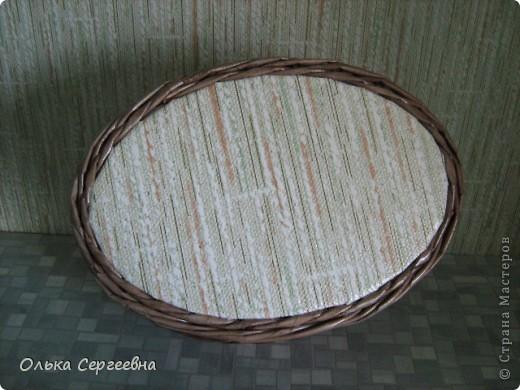 Вторая плетенка из этой серии. Трубочки покрашены водной морилкой мокко и орех, сверху на 2 раза лаком на водной основе. Высота - 15 см. фото 4