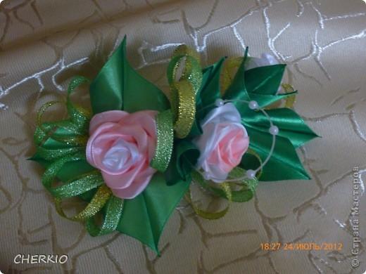 Насмотрелась на работы мастеров и решила попробовать сама сделать букет- дублёр для невесты.получился вот такой букет. фото 8