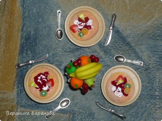 Десерт. Блинчики с вареньем и фруктами. фото 1