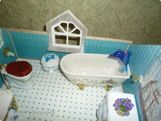 Ванная комната в самодельном домике. Пока дом без крыши. Етот интерьер пока что единственный доведеный до конца, до мелочей. Начинаем экскурсию! фото 6