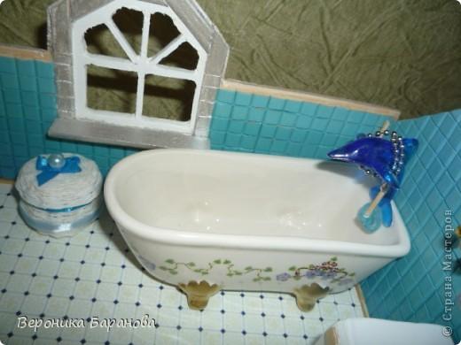 Ванная комната в самодельном домике. Пока дом без крыши. Етот интерьер пока что единственный доведеный до конца, до мелочей. Начинаем экскурсию! фото 7