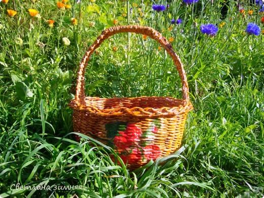 Очередную плетеную корзинку решила дополнить сладким букетом.Маме на день Рождения. фото 9