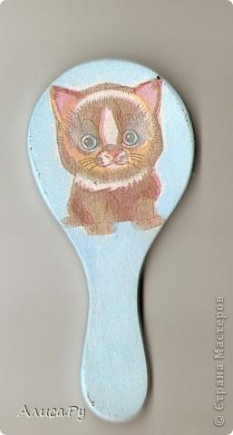 Зеркальце с моим любимым котёночком. Это  зеркальце мне подарила мама. фото 1