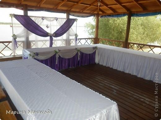 Свадебный сезон у меня начался с большого количества заказов по оформлению залов в бело-фиолетовом и бело-сереневом цветах. Так как все оформление у меня модульное, стоит изменить хотя бы что-то одно и вся композиция уже смотриться совсем по другому. фото 8