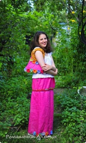 Этим летом я получила в подарок  от одной замечательной женщины очень интересные нитки - клубок вискозной пряжи всех цветов радуги. Их было не так много, и мне пришла в голову идея использовать их таким образом. фото 12