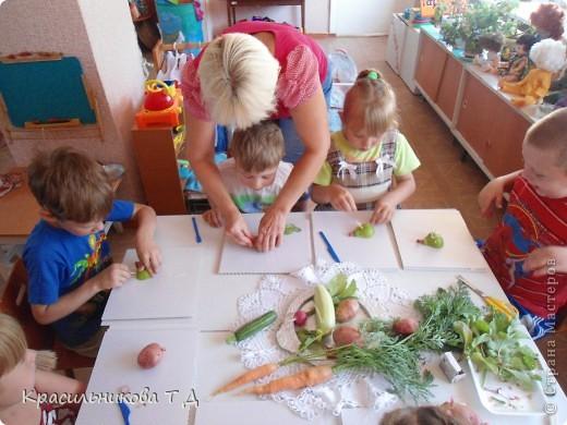 Веселые зверушки из овощей и фруктов фото 3