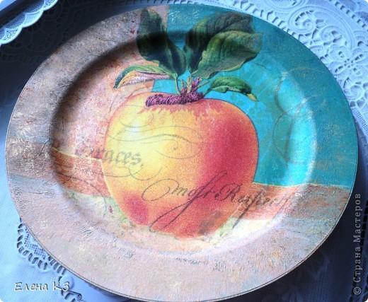 А сегодня у меня яблочки на тарелочках. Это первая. фото 3