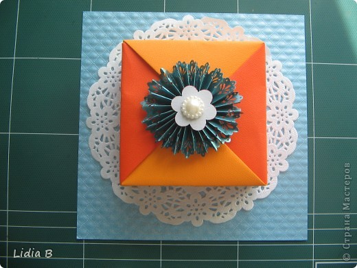 Сегодня наткнулась на очаровательную коробочку из оригами-модулей. фото 4