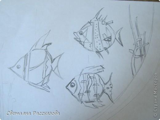 Для моей задумки (ремонт в кабинете психолога) нужны летающие рыбки. Начала с эскиза фото 1
