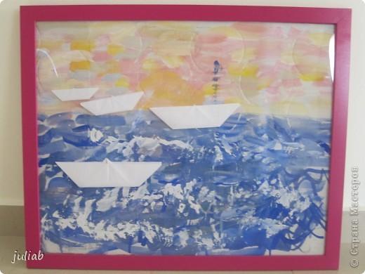 лилии-сначала рисовали пастелью зветы,а фон позже делали акварелью фото 5