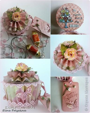 Еще один подарочный кексик... Вкусный, сладкий,  нежно-розовый.. Очень удобная и красивая коробочка,  в которую можно положить любимые конфетки, вкусный чай или украшение...  фото 5