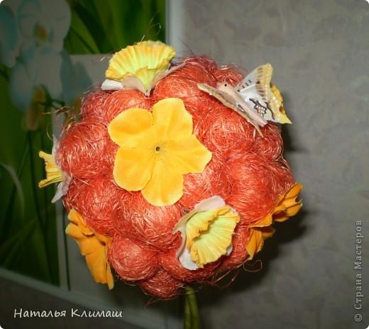 Это мой очередной топиарий, очень нравится оранжевый цвет! фото 2