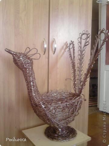 Это моя самая первая плетеная игрушка. Используем как корзину для игрушек. Высота самой корзины ок. 50см фото 2