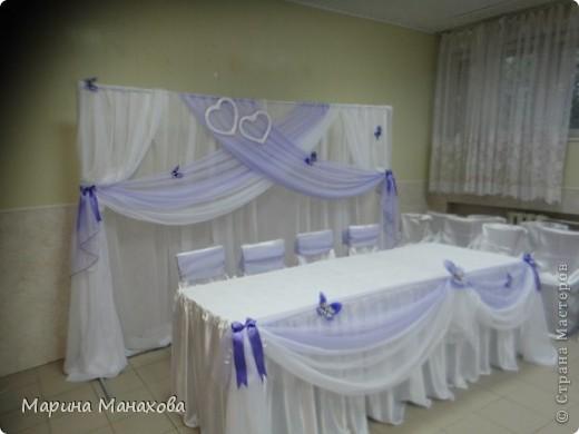 Свадебный сезон у меня начался с большого количества заказов по оформлению залов в бело-фиолетовом и бело-сереневом цветах. Так как все оформление у меня модульное, стоит изменить хотя бы что-то одно и вся композиция уже смотриться совсем по другому. фото 4