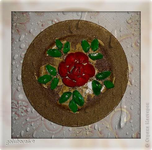Тарелочка декорированная ракушками. фото 3