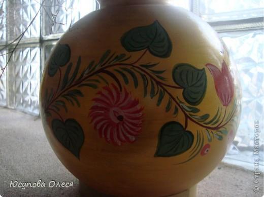 Вот такие вазы мы сделали из старых плафонов. Рисовали акриловыми красками. фото 3