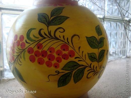 Вот такие вазы мы сделали из старых плафонов. Рисовали акриловыми красками. фото 6