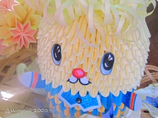 Мой первый зайчик, глазки помогала рисовать мама. :) а самого зайчика всего делал я:) А так же сделал лепестки цветов: васильков и роз, для оформления фото. фото 4