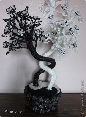 Спасибо большое mari-m26 за МК http://stranamasterov.ru/node/315927?c=favorite Моё первое бисерное дерево. фото 2
