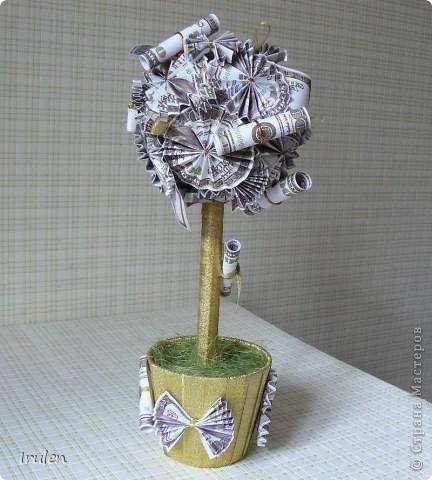 Делала такое впервые. Заказала девушка для любимого мужа на 2-ю годовщину свадьбы (бумажная). За основу брала  работу mrakel - http://stranamasterov.ru/node/289126?t=472  фото 5