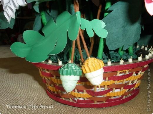 Доброго времени суток, дорогие жители СМ! Продолжаю свою серию цветочных корзинок. Сегодня хочу подарить ВАМ георгины, которые я снова поселила в корзинку от Светланы  http://stranamasterov.ru/node/377437     Георгин - каприз, непостоянство... фото 7