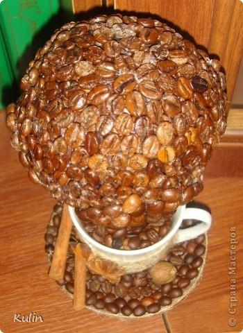 кофейное трио, высота 22 см,диаметр 14 см. В стране много уже есть чашек с блюдцем кофейный, но еще что бы с деревом,пока не видела(возможно ошибаюсь), вот решила попробовать создать композицию из трех кофейный предметов фото 15