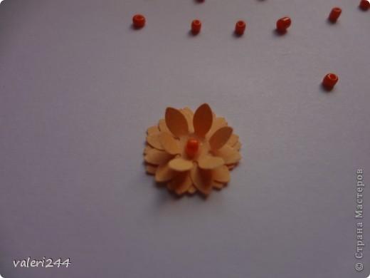 """Всем здравствуйте! Вот выставляю на показ мой первый топинарчик, который я назвала """"Рыжий-Рыжик"""".Плюс хочу выставить маленький мк по цветочкам.Делать их очень легко. (Если кто-то до меня делал такое мк ,не обижайтесь,догадалася как сделать эти цветочки сама.) Для таких цветочков нам понадобится: -бумага -силуэтный дырокол в виде цветочка или канцелярский нож -бисер или бусинки -и конечно же клей (лучше не карандаш) фото 7"""