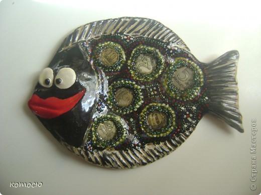вот решила сделать денежную рыбку и сразу у моей рыбки появилась подружка в подарок фото 2