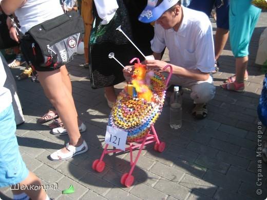 В седьмой раз поводят в нашем городе парад колясок. В первую очередь хочу показать ту коляску, которая мне понравилась больше всего. фото 28
