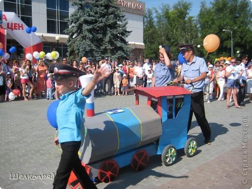 В седьмой раз поводят в нашем городе парад колясок. В первую очередь хочу показать ту коляску, которая мне понравилась больше всего. фото 37