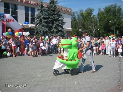 В седьмой раз поводят в нашем городе парад колясок. В первую очередь хочу показать ту коляску, которая мне понравилась больше всего. фото 40
