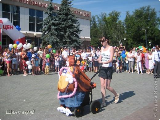 В седьмой раз поводят в нашем городе парад колясок. В первую очередь хочу показать ту коляску, которая мне понравилась больше всего. фото 42